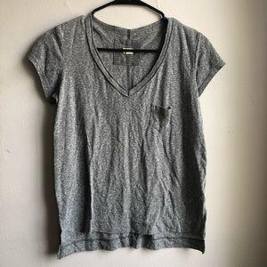 t.la T-Shirt